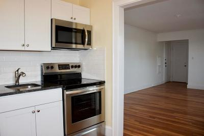 Quincy Condo/Townhouse Under Agreement: 195 Thomas Burgin Pkwy #501
