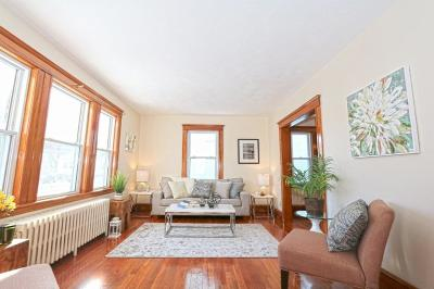 Condo/Townhouse For Sale: 23 Leniston Street #1