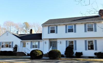 Sandwich Single Family Home For Sale: 16 Robin Rd