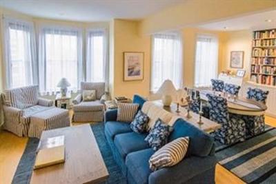 Boston Condo/Townhouse New: 40 Isabella St #4W