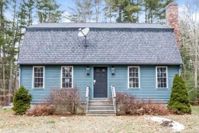 Middleboro Single Family Home Under Agreement: 263 Cedar St