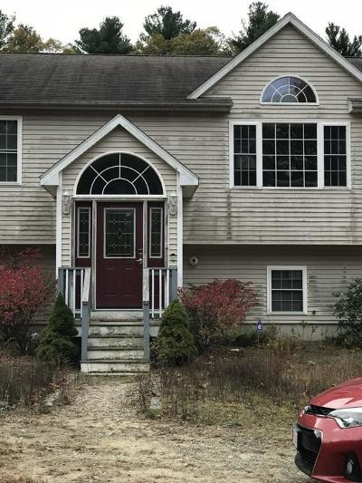 Taunton Single Family Home For Sale: 151 Middleboro Ave