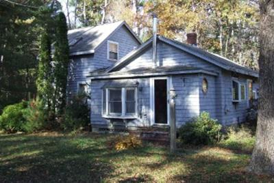 Middleboro Single Family Home Under Agreement: 236 Thomas St