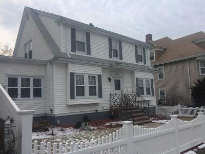 Single Family Home For Sale: 25 Bentley Street