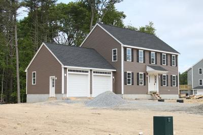 Middleboro Single Family Home For Sale: 12 Stony Point Dr.