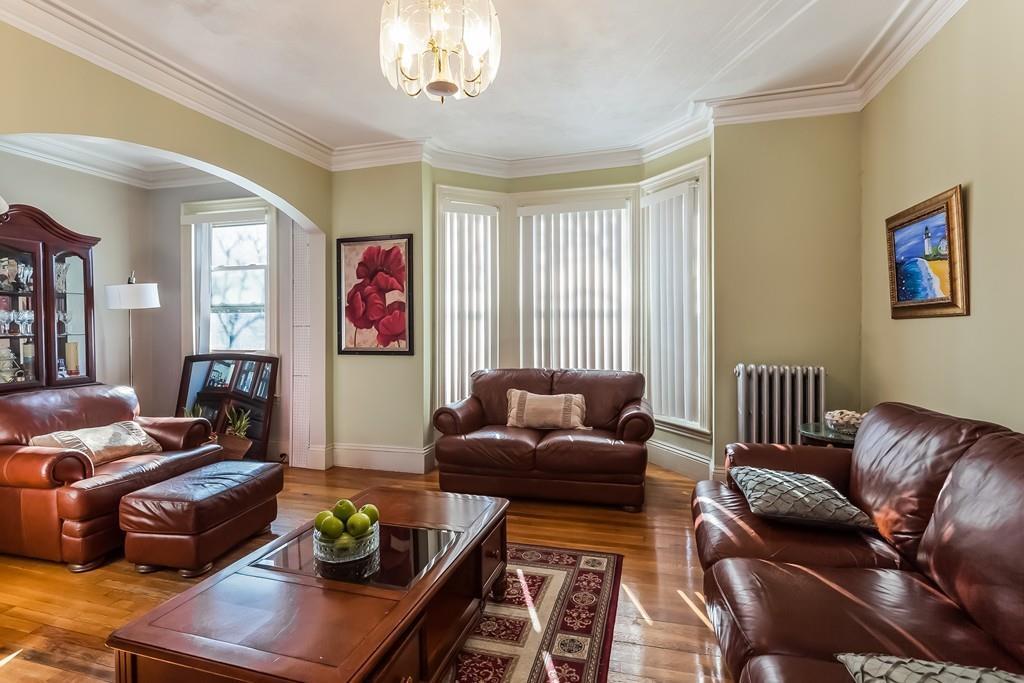 Listing: 756 E Broadway, Boston, MA.| MLS# 72278422 | Real Estate in ...