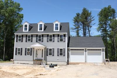 Middleboro Single Family Home For Sale: 10 Stony Point Dr.