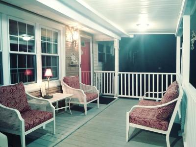 Holbrook Single Family Home For Sale: 9 Leonard Lane