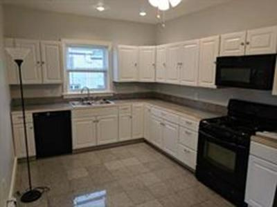 MA-Suffolk County Condo/Townhouse Contingent: 68 Selwyn Rd #3