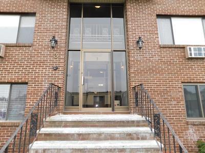 Burlington Rental For Rent: 3 Hallmark Gardens #12