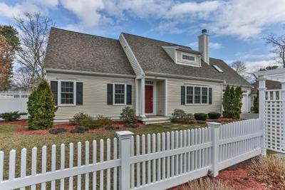 Barnstable Single Family Home For Sale: 110 Schooner Ln