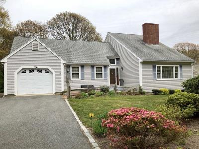Falmouth Single Family Home For Sale: 106 North Bournes Pond Rd