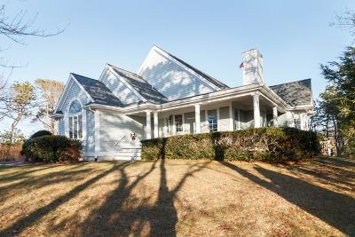 MA-Barnstable County Single Family Home For Sale: 17 Equestrian Ln