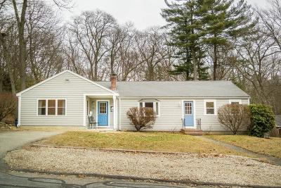 Hingham Single Family Home For Sale: 23 Smith Road