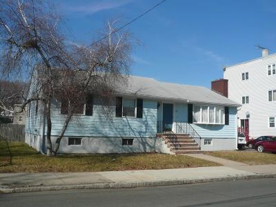 Malden Single Family Home For Sale: 118 Essex St