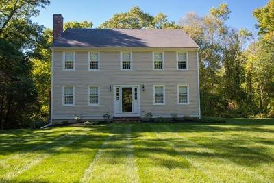 Scituate Single Family Home For Sale: 154 Booth Hill Rd