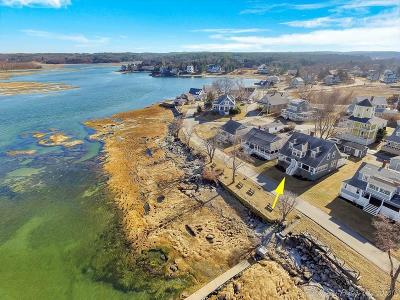 Essex Single Family Home For Sale: 124 Conomo Point Road