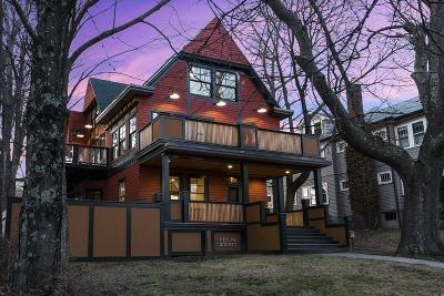 Cambridge, Somerville Condo/Townhouse For Sale: 40 Laurel St #402