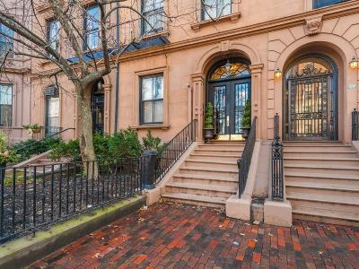 Condo/Townhouse For Sale: 105 Beacon St #10