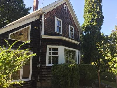Gloucester Single Family Home For Sale: 62 Cherry St