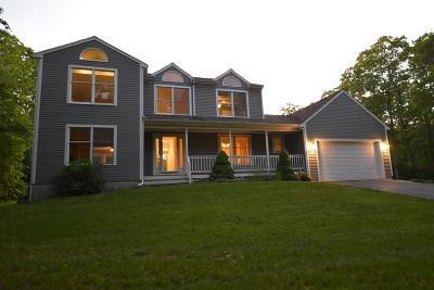 RI-Newport County Single Family Home For Sale: 29 John Dyer Road