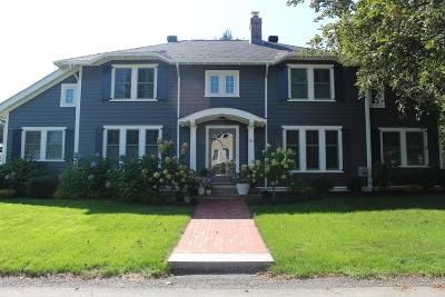 Wellesley Single Family Home For Sale: 31 Leighton Rd