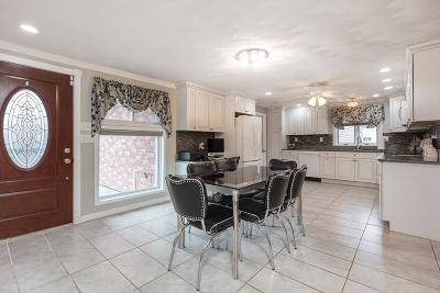 Peabody Single Family Home For Sale: 7 Lisa Road