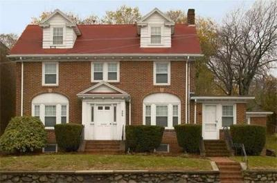 Watertown Single Family Home Under Agreement: 300 Mount Auburn St