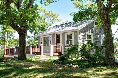 Bourne Single Family Home For Sale: 114 Salt Marsh Ln