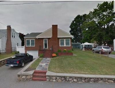 Methuen, Lowell, Haverhill Single Family Home For Sale: 20 Birchwood