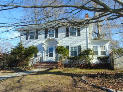 Fall River Single Family Home For Sale: 1577 Highland Ave.