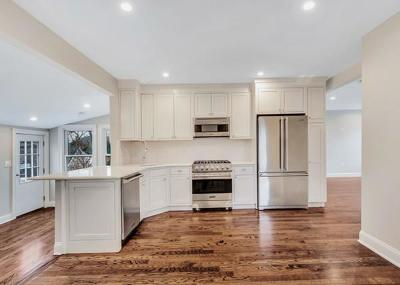 Wellesley Condo/Townhouse Price Changed: 31 Oak #2