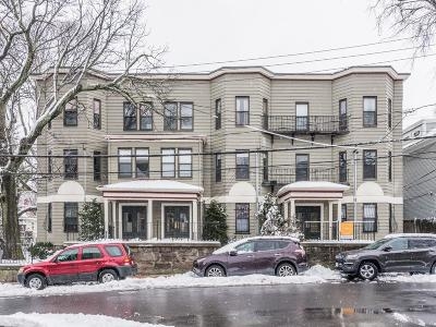 Condo/Townhouse Under Agreement: 42 Rockview St #2