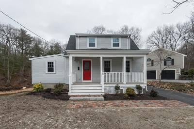 Wakefield Single Family Home Contingent: 43 Essex Street