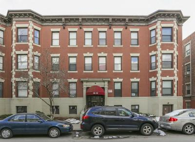 Condo/Townhouse Under Agreement: 32 Glenville Ave #1