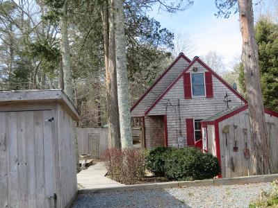 Plymouth Single Family Home For Sale: 11 Swamp Rd