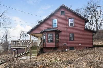 Multi Family Home Under Agreement: 63 Elm Cir