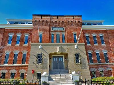 Plymouth Condo/Townhouse For Sale: 76 Court Street #14