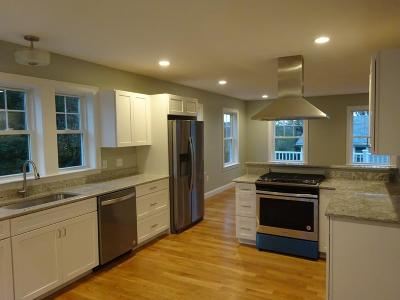 Hull Condo/Townhouse Contingent: 11 Rockland Circle #2