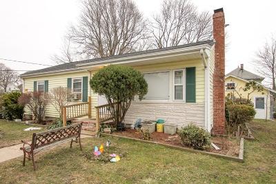 Brockton Single Family Home For Sale: 94 Nilsson St