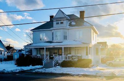 Hull Single Family Home For Sale: 791 Nantasket Ave
