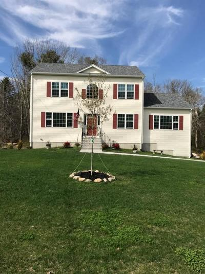 Freetown Single Family Home For Sale: 18 Chipaway Rd
