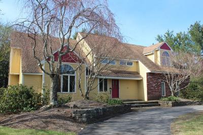 Hopkinton Single Family Home For Sale: 6 Stewart Street