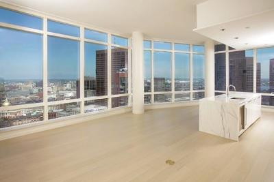 Condo/Townhouse Price Changed: 1 Franklin St #3704