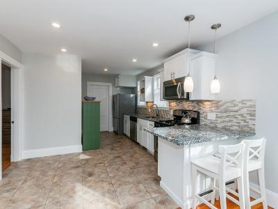 Medford Condo/Townhouse Under Agreement: 27 Sheridan Ave #1