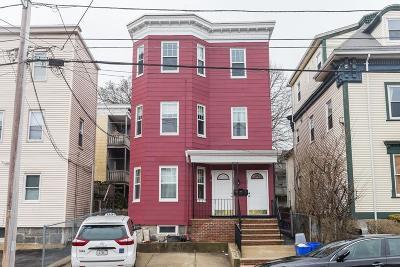 Malden Condo/Townhouse For Sale: 137 Laurel St #B