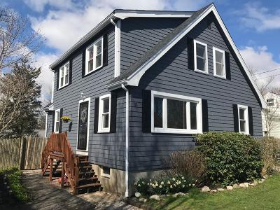 Marshfield Single Family Home For Sale: 11 Leland Rd