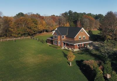 Wenham, Hamilton Single Family Home Contingent: 649 Bay Road