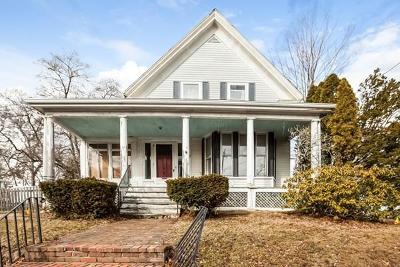 Brockton Single Family Home Under Agreement: 407 Ash St