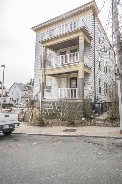 Condo/Townhouse Under Agreement: 2 Ogden St #1